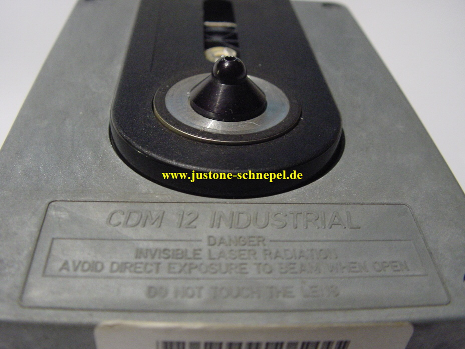CDM12-industrial_jukebox_9